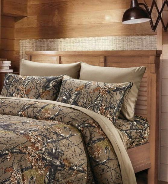 6 Piece King Sheet Set Reversible Woodland Camo / Solid Colo
