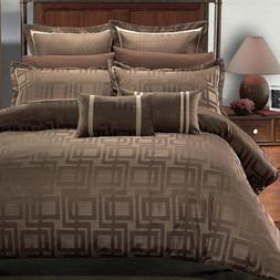 Luxurious 12 Piece King Size Janet BED IN A BAG Set. Include